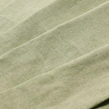 カラーはイエロー・ピンク・グリーン・ブルー・グレーの5色展開。どのカラーも優しく上品な色味が特徴です。壁に近い色を選んで広々と開放的な空間に見せたり、ピンクやグリーンのカーテンをアクセントにしたり。無地のカーテンならどんなインテリアにも合わせやすく、コーディネートの楽しみ方も広がりますよ。