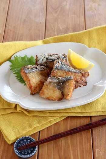柔らかい身をもつさわらは、揚げ物にしてもジューシーで美味しいですよ!カラっと揚げて、レモンや柚子胡椒を添えて爽やかに召し上がれ。