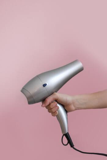 【ストレートヘア向け】長く美しい髪を保つケア方法&簡単ヘアアレンジ