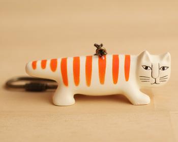 こちらは大人気キャラクターのネコのマイキー。キーホルダーといっても、しっかりと陶器のような質感を大切にしており、どれも実際のリサ・ラーソン氏の陶器が忠実に再現されており、小さいながら見事な出来映え。