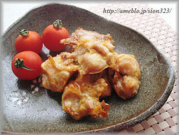 パナソニックのビストロの自動メニューで作った鶏の唐揚げだとか。油を使ってないのに、おいしい唐揚げになるそうです。