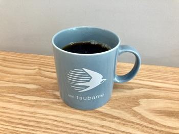 コーヒーは、ハンドドリップで淹れてくれます。この日はインドネシアスラウェシ島産のシングルオリジンだったそう。 飲み物では、ほかに『宇治抹茶ミルク』『ほうじ茶ミルクティー』、はちみつ付けレモン+トニック『tsubameスカッシュ』などが。