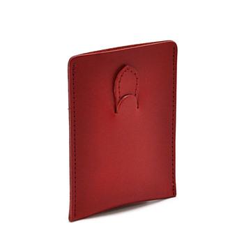 「CLEDRAN」のカードケースは、鮮やかな発色と艶のある牛革を使用。マチのないスリムな薄型なので、ポケットに入れてもかさばらいものを探している方におすすめです。