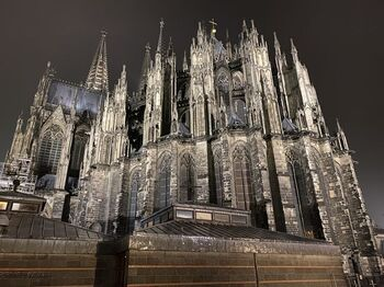 旅行口コミサイト4travelの「ドイツのおすすめ観光スポット ランキング」で1位にラインクイン(2020年2月1日時点)。世界最大のゴシック様式建築は、心を震わせる圧倒的な迫力があります。細部のディテールも見事。