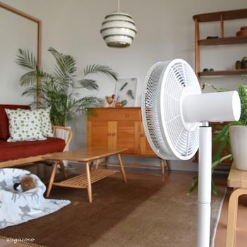 汗腺の機能を高めるとよい汗をかきやすくなります。室内に長時間いるときには室温に気をつけて、温度調節をしやすい服装を心がけましょう。特に夏場にはあまり温度を下げすぎないようにし、エアコンの風が直接当たらないように注意して。
