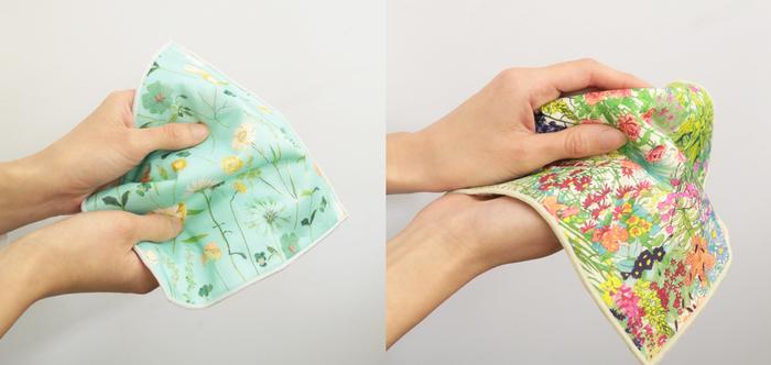 吸水性の高いガーゼタオルは、ハンドタオルとして使い勝手抜群!毎日バッグに入れておけば、手を洗ったときや汗をかいたときなどにさっと取り出して使うことができます。