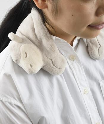 可愛いアニマルキャラクターが魅力のネックピローがこちらの「セラミックウォーマー アニマルネックピロー」。ふわふわで柔らかな肌触りもよく、可愛らしい羊が肩をたっぷり癒してくれます*