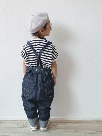 まだ小さい時期だからこそ楽しみたいのがキッズファッション。大人顔負けのおしゃれなデザインのお洋服がたくさんあります。ここはおしゃれ好きなママのセンスで、キッズファッションを楽しんでみては?