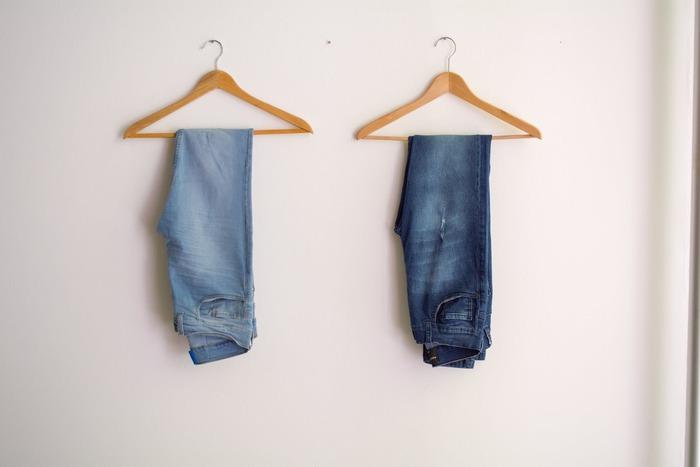 可能でもセールの場合、通常時よりも裾直しに時間がかかる場合があるので、購入前に店員さんにお直し期間を確認するようにしましょう。