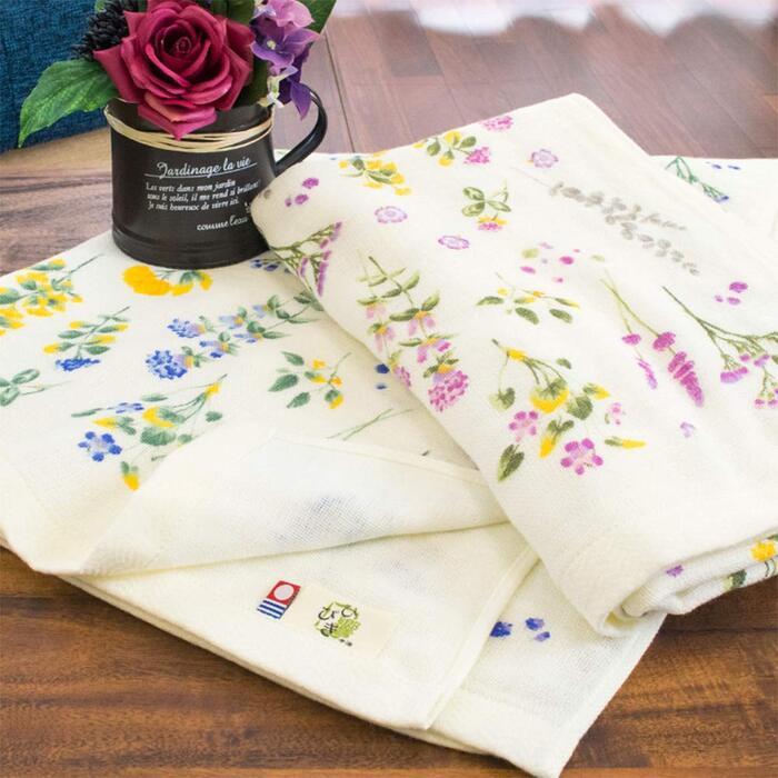 今治タオル 4重ガーゼ 大判バスタオル 綿100% 「ベロニカ」 ピンク 約70×130cm 日本製