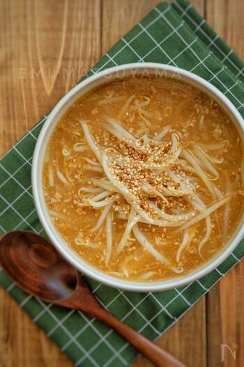 濃厚な味噌ラーメンのスープを、お家で手軽に作れます。麺を入れてラーメンとして楽しむこともできますよ。子供から大人まで、人気の味だと思います!