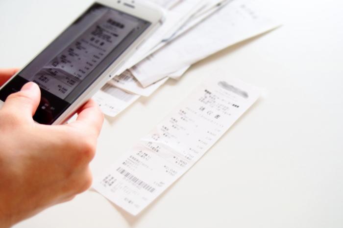 自分がお会計に立った場合は、必ずレシート(または領収証)をもらうように習慣づけましょう。ほかの人からお金を預かって払うものですから、後々、トラブルにならないように必ずもらいたいものです。