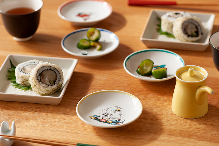 お刺身やお寿司の醤油皿として使ってもよし、お漬物を盛り付けるミニ皿として使うもよし、使い方は無限大です。子どもたちを招いたホームパーティーに使うと、喜ばれそう。