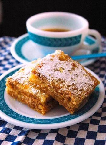 グラハムクラッカーを使ってつくるレモンケーキ。甘酸っぱくてしっとりしていて食べやすい味。