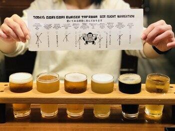 こちらでは、飲みやすさを追求した所沢ビールや、バナナの風味香る京都のビールなどの日本のクラフトビール、強い酸味を感じるアメリカのクラフトビールなどを楽しむことができるのだそう。ビールの種類は日々変わります。飲み比べもできるので、お好みの味を探してみてくださいね。