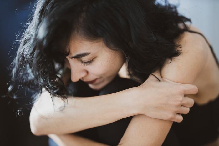 約束を破ってしまったり、思いがけない言葉で相手を傷つけてしまったり――。  他人との間に発生したトラブルは、気が重くなりがち。思わず逃げ出したい気持ちにもなるものですが、これを丁寧に対応すると、ピンチを人間関係のチャンスに変えることも可能です!  トラブルの事象そのものがピークとなりがちですが、丁寧に話を聞いたり謝ったり・・・「真摯な対応」で「この人は信頼できる」と思ってもらえれば、それがピークに置き換わりますよ。  また、直筆のお手紙など、通常の連絡手段とは違う形にするのも、謝罪や気持ちを伝える手段として◎です。
