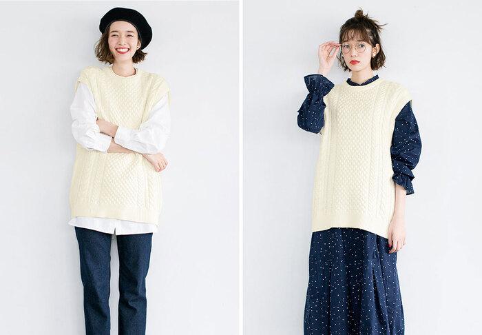 『Live in comfort』のカバーモデルでもあるモデル・タレントの佐藤栞里さんと一緒に作った、この時季にぴったりなコーデの幅が広がるニットベスト。ゆるりとしたリラックススタイルにも、上品なきれいめスタイルにも使える万能アイテムです。 オーバーサイズで広めの袖ぐりが抜け感をプラス。詰まった首元がきちんと感を演出してくれます。