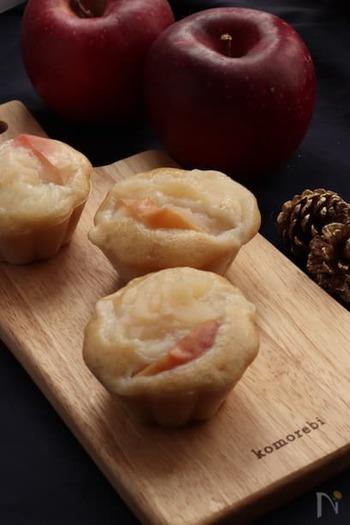 米粉を使ったりんごの蒸しパンは、りんごの甘味を存分に味わえる一品。サラダ油の代わりにココナッツオイルを使った、身体も喜ぶレシピです。