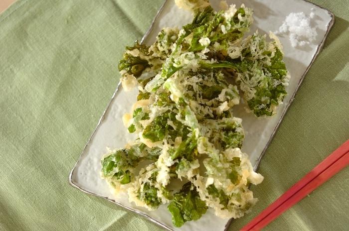 意外かもしれませんが、菜の花は揚げ物にするのもおすすめ。天ぷらなどにすれば、ほろ苦さもまろやかになり、お子さんにも食べやすそう。シンプルに、お塩でいただきましょう。