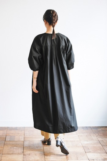 一枚持っていると着回しができ、トレンド感もあるおすすめのアイテムを集めてみましたがいかがでしたでしょうか?どれも一万円以下で買えるのは嬉しいはずです。上手にお買い物を楽しんでファッションを楽しみましょう!