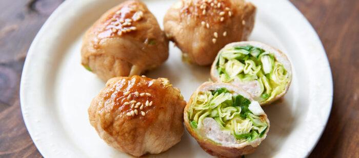 シャキシャキ食感が楽しい、春キャベツの豚肉巻き。キャベツを千切りにして塩揉みしたキャベツを使うことで水分が抜け、美味しく仕上がります。