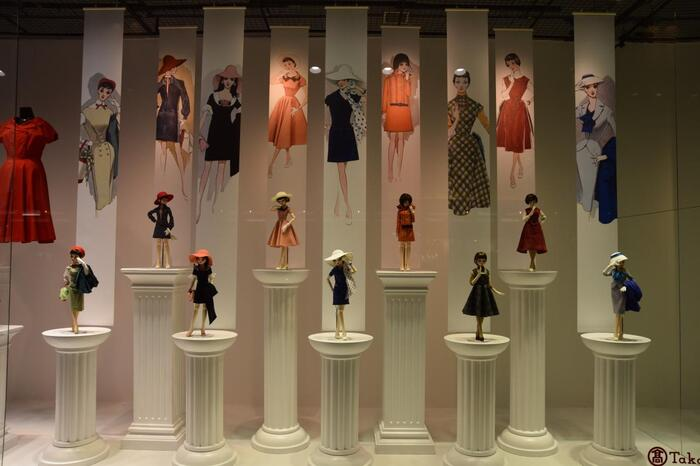 そのエレガントなデザインが今でも愛され続けているのが、中原淳一デザインのファッション。昭和の当時は「それいゆ」というファッション誌を創刊し、当時の女性のファッションをリードしていました。