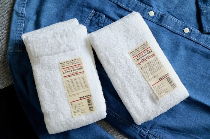 無印良品の「しなやかタオル」は、分厚すぎず、薄すぎず、ちょうどいい厚みが心地いいですよ。