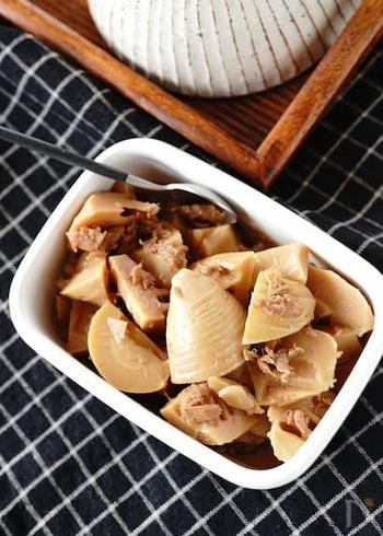 たけのこをたっぷり食べられるレシピです。ツナが入ることでこってり感がプラスされ、ご飯のお供にもぴったり!子供から大人まで喜ばれる味ですよ。