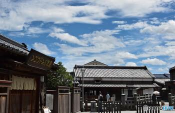 江戸時代に日本地図を作った偉人として有名な伊能忠敬。実は佐原に深く所縁があるそうで、住家も残っています。無料開放されているので、ちょっと立ち寄ってみてはいかがでしょうか?