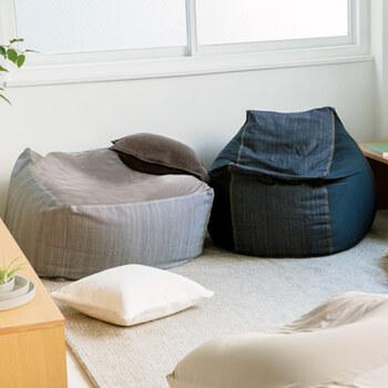 別売りのカバーは、ネイビーやベージュ、グレーやデニムなど、お部屋に馴染む色合いです。色を替えてプチ模様替えをするのも楽しいですね♪カバーは洗濯できるので、いつも清潔に使えます。