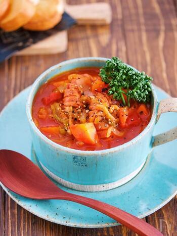 やはり好相性な、切り干し大根とトマト。余り野菜で作っても美味しいので、冷蔵庫整理にも役立ってくれますよ。作り置きや冷凍保存もOK!覚えておきたいレシピです。