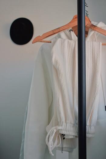 衣替えついでにスッキリ整理!衣類を見直すコツ&クローゼット収納術