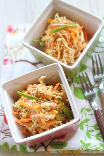 純和食のイメージが強い切り干し大根料理。めんつゆとマヨネーズで和えれば、和風でもかなり違った味わいになります。お子さん向けメニューとしてもおすすめ。
