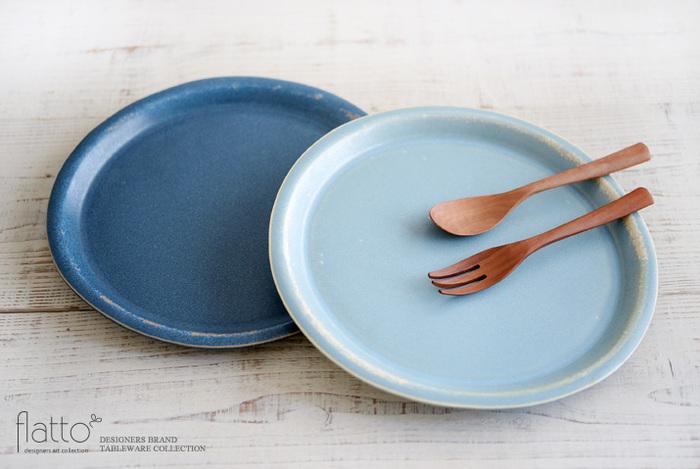 【大皿】 九寸(約27cm)お鍋の具材の盛り付けに便利。八寸(約24cm)メイン料理をどんと盛ってもサマになる大きさ。