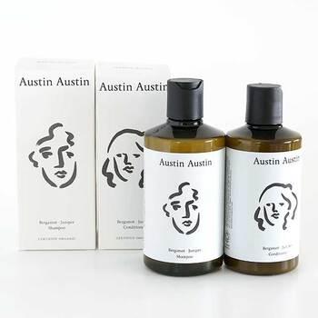 イギリスの小さな町に生まれたオーガニックブランド「Austin Austin(オースティン・オースティン)」のシャンプー&コンディショナー。