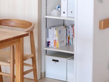 数種類のサイズがあり、全サイズ組み合わせて使えるのも魅力。幅42cmのカラーボックスに合わせて使っても◎棚や空いたスペースに置けば、引き出しのように使えて収納力がアップします。