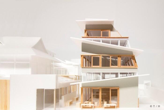 「小杉湯となり」の完成をイメージした建築模型。随所にこだわりがあふれるデザインになっています。
