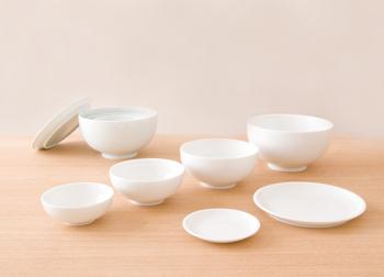 椀形(わんなり・わんがた)はもっともベーシックなかたちのお椀で、丸みを帯びたフォルムが特徴です。