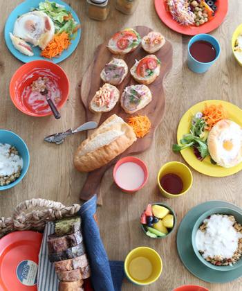 軽くて割れにくいバンブー食器は、アウトドアシーンやホームパーティー、子どものデイリーユース用など、使用場面の多い定番食器として日常で大活躍してくれそうです。