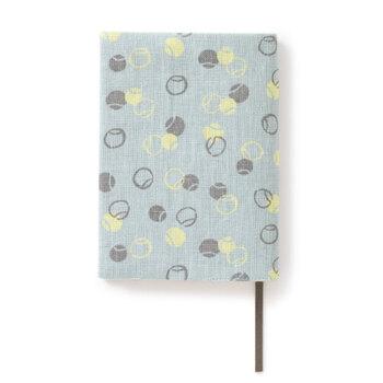可愛らしい小紋のブックカバー。いつもの御朱印帳につけて、雰囲気を変えるのにぴったりです。