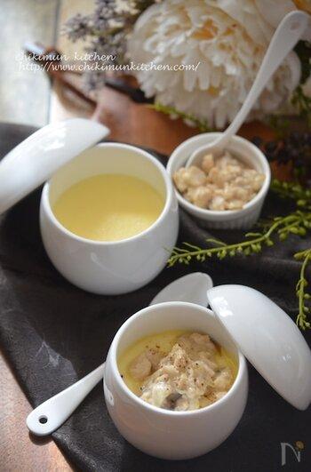 クリームソースをのせれば、よりリッチに。牛乳を使った茶碗蒸しと相性が良く、濃厚&なめらかで美味しく仕上がりますよ。おもてなしにも!