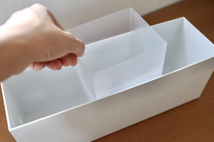 ファイルボックスの中を細かく仕切りたい場合は、同じく無印良品のシート仕切りボックスを使ってみましょう。  クリアファイルのような薄いシート状のボックスで、組み立てて使います。 3枚99円とリーズナブルなところも◎