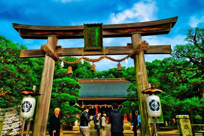 松陰神社は、幕末に大勢の維新志士たちを輩出した松下村塾で教鞭をふるっていた博識者、吉田松陰を祀る神社です。
