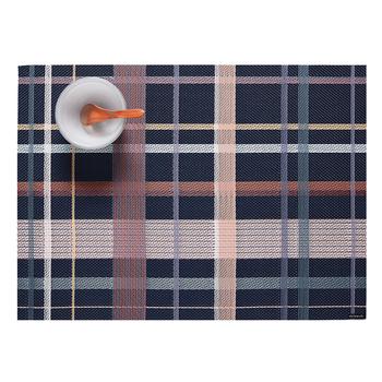 アメリカのデザイナー、サンディー・チルウィッチ氏デザインのランチョンマット。塩化ビニル素材使用で防水・防汚仕様のランチョンマットは、汚れたらサッと拭き取れてお手入れもラクラク。