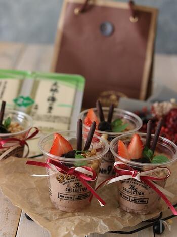 豆腐で作るヘルシーなチョコレートムース。トッピングや容器など、かわいくデコレーションすればパーティー用にはもちろん、贈り物にもぴったりですね。