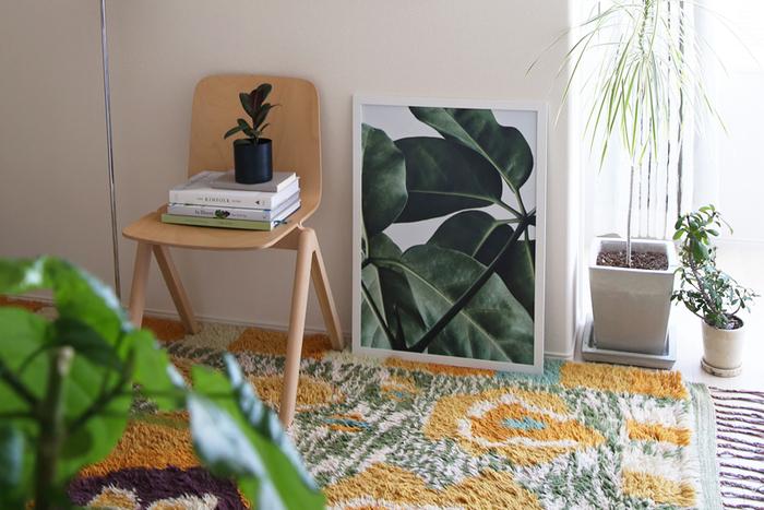 大胆な構図に目を奪われるフォトグラフィアート。植物の美しさを切り取った、生き生きとした生命力を感じられます。