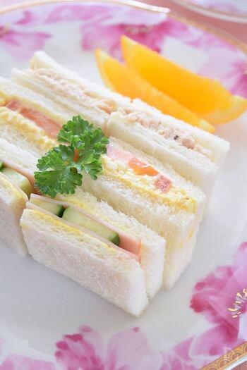たまに無性に食べたくなる昔ながらの懐かしのサンドイッチ。具はごくごくシンプル&オーソドックスに。