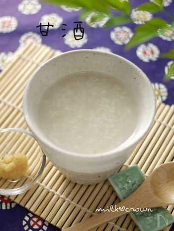 お米(うるち米)ではなく、もち米を使う方法も。もち米を使うことで、さらに甘味が増します。もち米のおかゆは、炊飯器で炊けば簡単ですね。