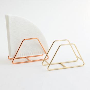 カラーは金と銅の2色。フィルターがおしゃれなインテリア雑貨のようになりますね!