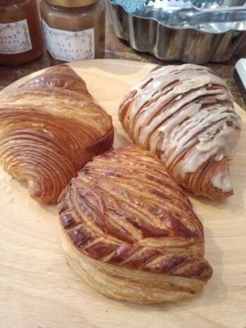 デニッシュ系のパンも人気です。外はサクッと、中はふわもちの食感がクセになります。